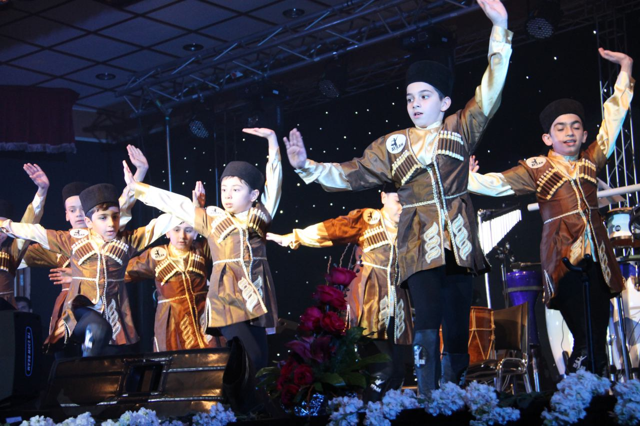 Azerbaijani Music Concert in Andisheh Cultural Center