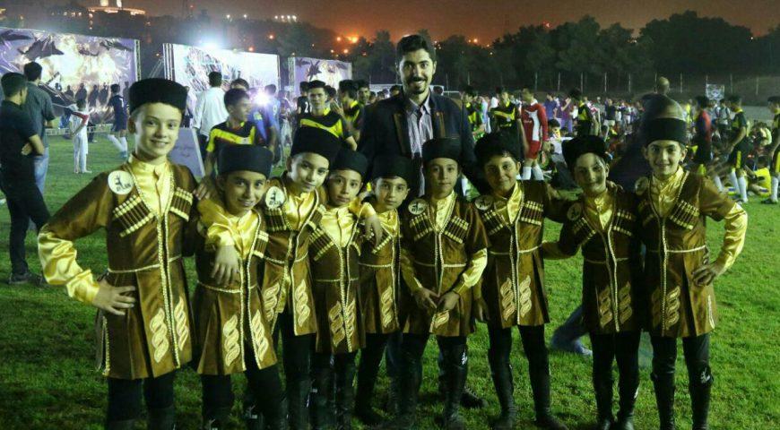 فینال برنامه خیریه لیگ کودکان کار در زمین چمن امیرآباد – 19 شهریور 95