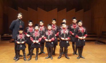 اجرای کودکان آیلان در تالار رودکی تهران